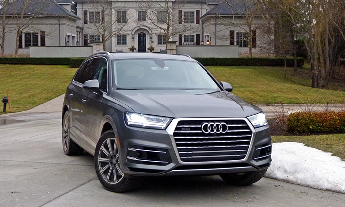 Q7 front angle mansion