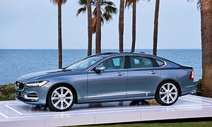 Volvo S90 Features
