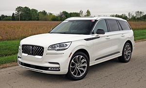 Lincoln Aviator Specs: photograph by