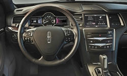Lincoln MKS Features