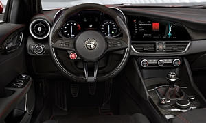 Alfa Romeo Giulia Features