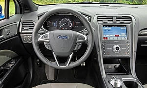 Ford Fusion Photos