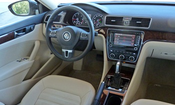 Passat Reviews: 2012 Volkswagen Passat SEL Premium interior