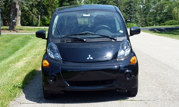 i-MiEV Reviews: Mitsubishi i-MiEV front view