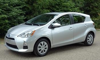 Toyota Prius c front quarter view