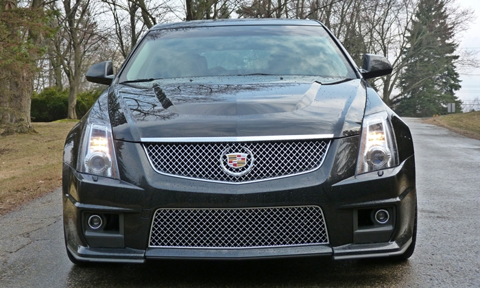 CTS Reviews: Cadillac CTS-V wagon front view