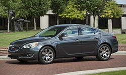 Buick Regal vs. Chevrolet Cruze MPG