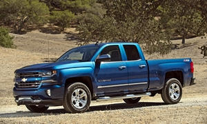 Chevrolet Silverado 1500 vs. Chevrolet Traverse MPG