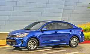Hatch Models at TrueDelta: 2018 Kia Rio exterior