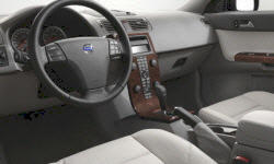 Volvo Models at TrueDelta: 2007 Volvo V50 interior