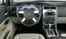 Wagon Models at TrueDelta: 2007 Dodge Magnum interior