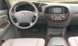 SUV Models at TrueDelta: 2007 Toyota Sequoia interior