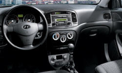 Hatch Models at TrueDelta: 2011 Hyundai Accent interior
