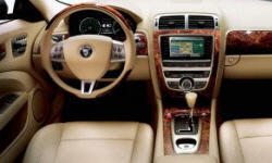 Convertible Models at TrueDelta: 2009 Jaguar XK interior