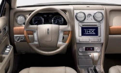 Lincoln Models at TrueDelta: 2009 Lincoln MKZ interior