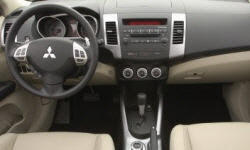 SUV Models at TrueDelta: 2009 Mitsubishi Outlander interior