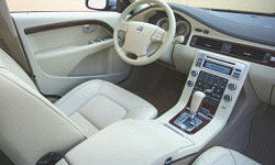 Volvo Models at TrueDelta: 2013 Volvo S80 interior