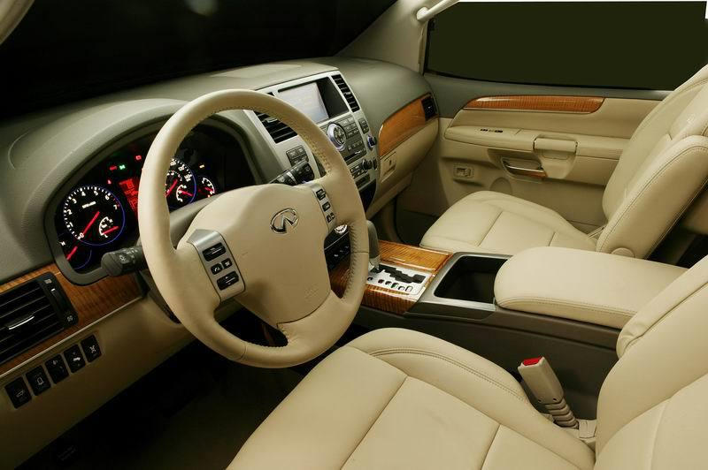SUV Models at TrueDelta: 2010 Infiniti QX interior