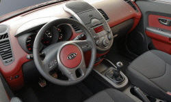 Hatch Models at TrueDelta: 2013 Kia Soul interior
