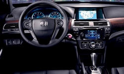 Hatch Models at TrueDelta: 2015 Honda Crosstour interior