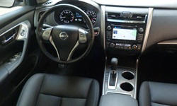 Nissan Models at TrueDelta: 2015 Nissan Altima interior