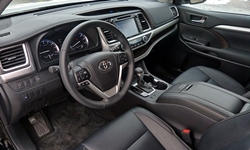 Toyota Models at TrueDelta: 2016 Toyota Highlander interior