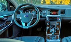 Volvo Models at TrueDelta: 2017 Volvo V60 Cross Country interior
