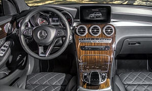 Mercedes-Benz Models at TrueDelta: 2019 Mercedes-Benz GLC interior