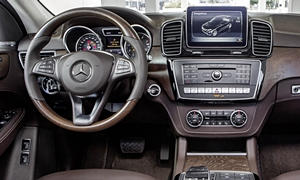 Mercedes-Benz Models at TrueDelta: 2019 Mercedes-Benz GLE interior