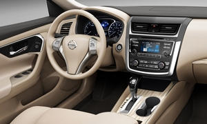 Nissan Models at TrueDelta: 2017 Nissan Altima interior