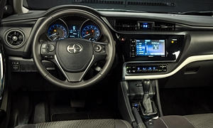 Hatch Models at TrueDelta: 2016 Scion iM interior