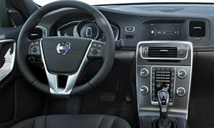 Volvo Models at TrueDelta: 2017 Volvo S60 Cross Country interior