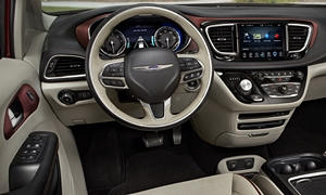 Chrysler Models at TrueDelta: 2020 Chrysler Pacifica interior