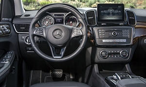Mercedes-Benz Models at TrueDelta: 2019 Mercedes-Benz GLS interior