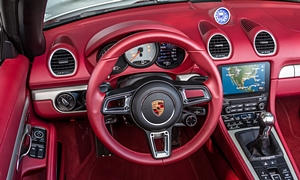 Porsche Models at TrueDelta: 2017 Porsche 718 Cayman interior