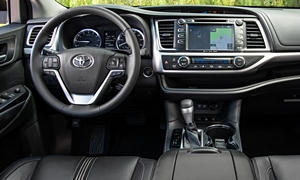 Toyota Models at TrueDelta: 2017 Toyota Highlander interior