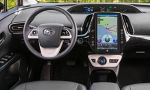 Hatch Models at TrueDelta: 2018 Toyota Prius Prime interior