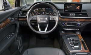 Audi Q7 Feature Comparison Q5 Vs