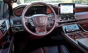 SUV Models at TrueDelta: 2020 Lincoln Navigator interior