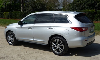 Infiniti JX Photos: Infiniti JX rear quarter view