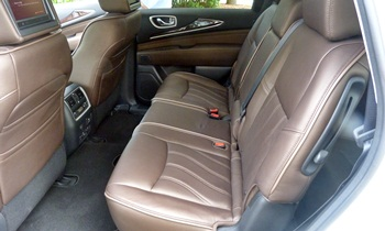 Infiniti JX Photos: Infiniti JX second row seats