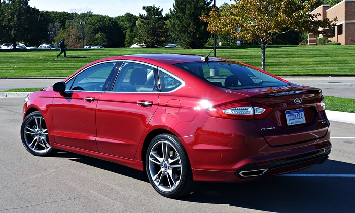 2013 Ford Fusion Pros and Cons at TrueDelta: 2013 Ford Fusion Titanium Review by Michael Karesh