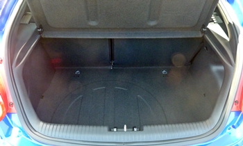 Veloster Reviews: Hyundai Veloster Turbo cargo area