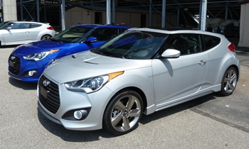 Hyundai Veloster Turbo front quarter view