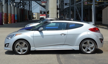 Hyundai Veloster Photos: Hyundai Veloster Turbo left side
