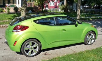 Veloster Reviews: Hyundai Veloster right side