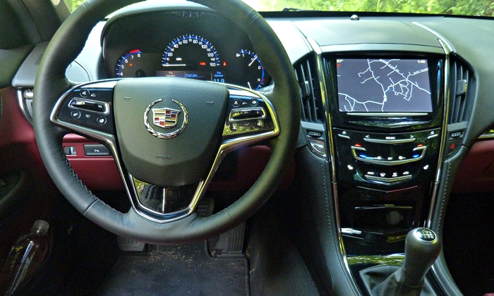 Cadillac ATS Photos: Cadillac ATS instrument panel