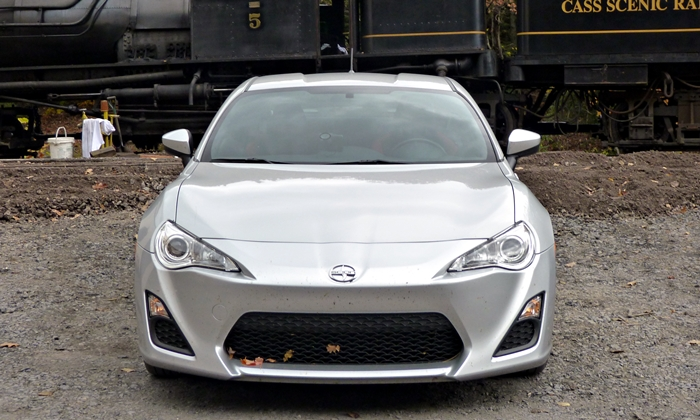 FR-S Reviews: Scion FR-S front view