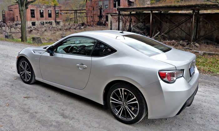 FR-S Reviews: Scion FR-S rear quarter view