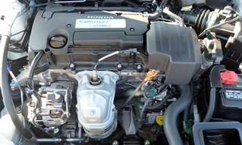Honda Accord Photos: Honda Accord 2.4-liter engine
